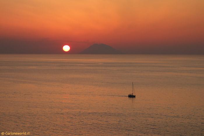 Tramonto su Stromboli (Isole Eolie)